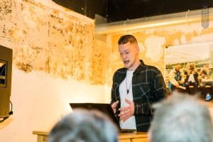 Chris Blok - Woordknustenaar bij NIBHV bijeenkomst